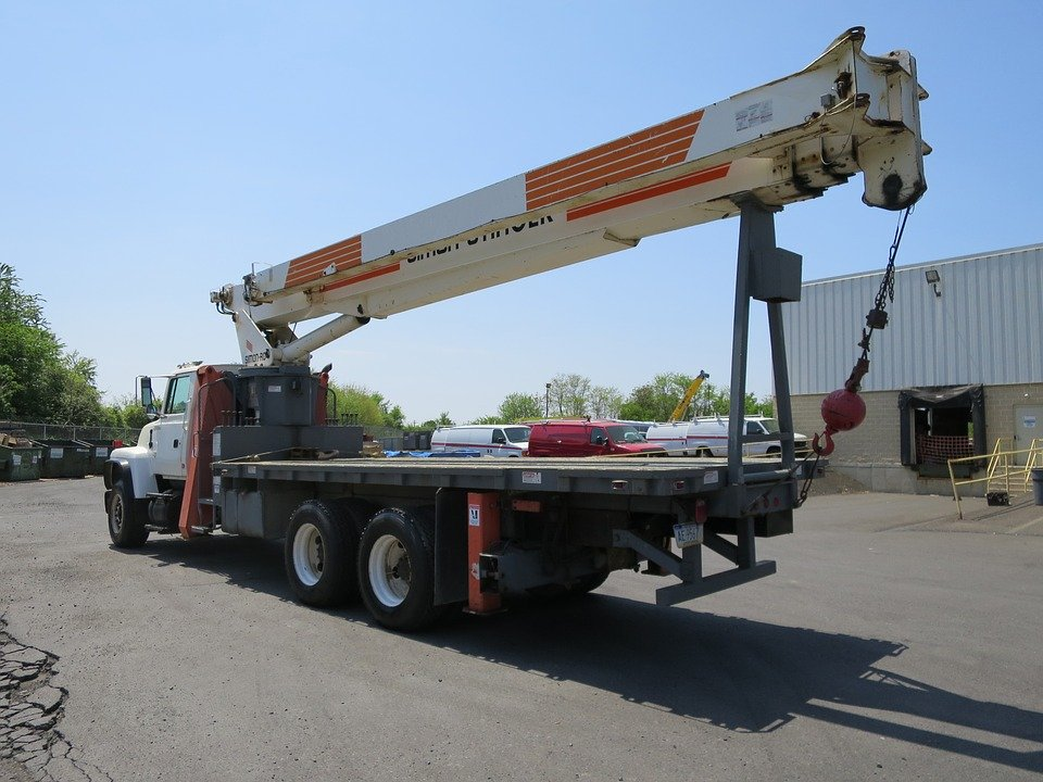 Truck Mounted Articulating Knuckle Boom Cranes 1
